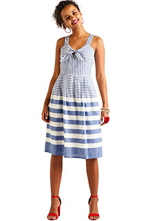 d0cb43aac3 Yumi Stripe Dress With Tie Knot Detail