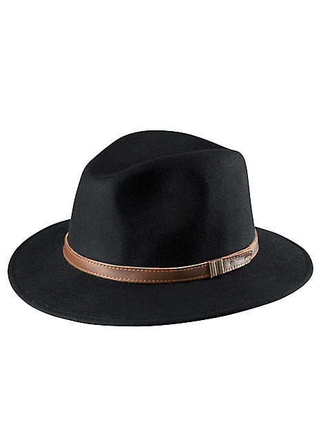 trilby black personals Trilby station outback adventure  you will be reminded that you are in river country if a flock of red-tailed black cockatoos  memorabilia dating from those.
